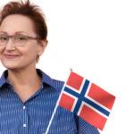 Nowe wymagania dotyczące znajomości języka norweskiego dla osób starających się o obywatelstwo w Norwegii.